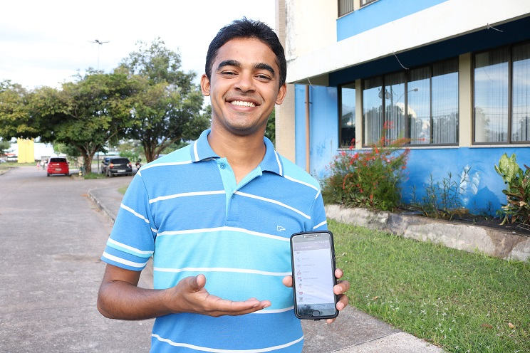 Aluno da Unifap desenvolve aplicativo que ensina a construir frases regionais em Libras
