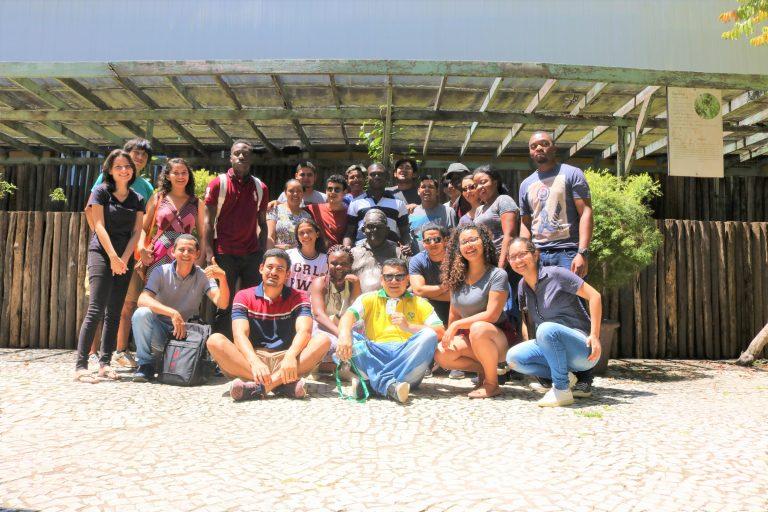 Alunos estrangeiros da Unifap participam de tour pelos pontos turísticos de Macapá