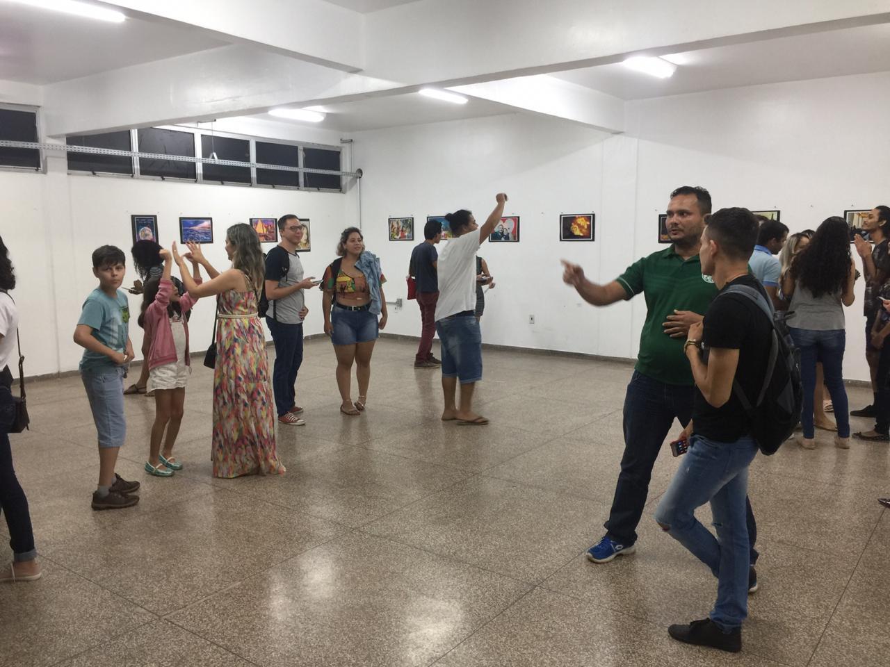 Exposição de Arte reflete sobre desenvolvimento cultural e tecnológico