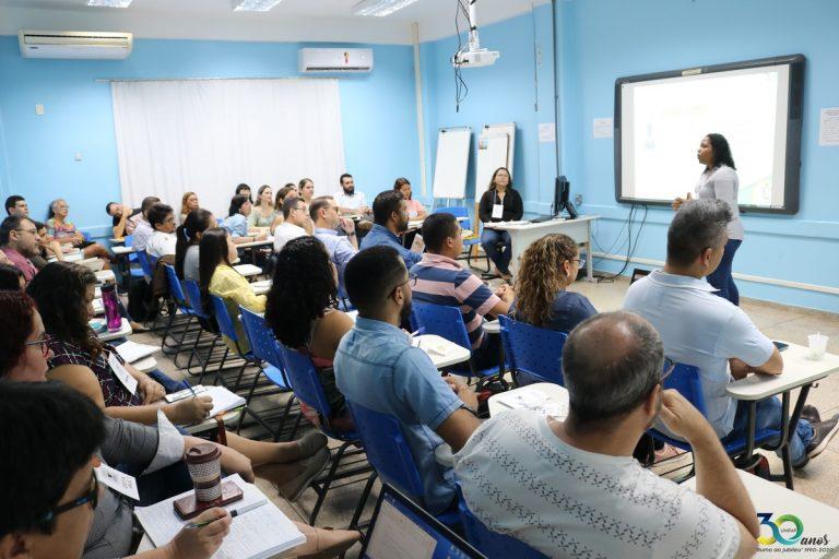 Encontro de Integração encerra com oficinas sobre SIGAA e noções básicas de Libras