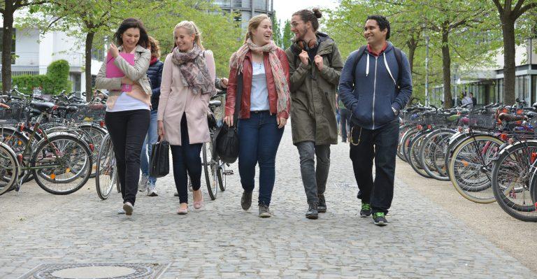 UNIFAP inicia parceria com universidades europeias para Programa de Bolsas