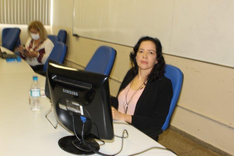 Docente de Ciências Ambientais conquista título de Professora Titular da UNIFAP