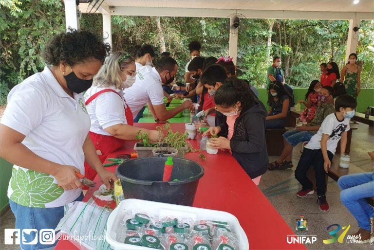 Projeto leva conhecimento tradicional no uso de plantas medicinais às escolas públicas